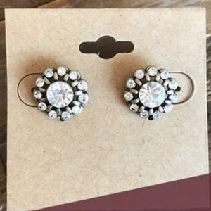 Chloe and Isabel mirabelle studs